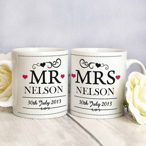 Mr & Mrs Mug Set - Decorative Design
