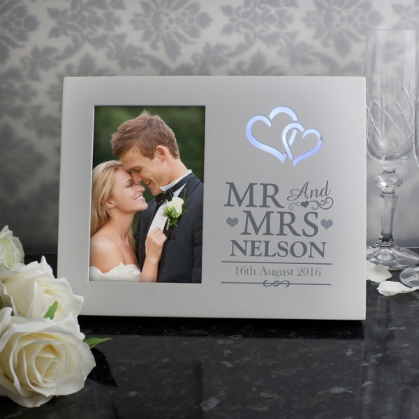 Hearts Mr & Mrs 4x6 Light Up Frame