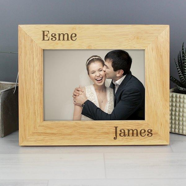 Oak Finish 6x4 Couples Photo Frame