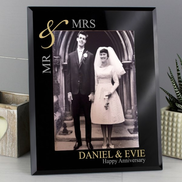 Gold Couples 5x7 Black Glass Photo Frame