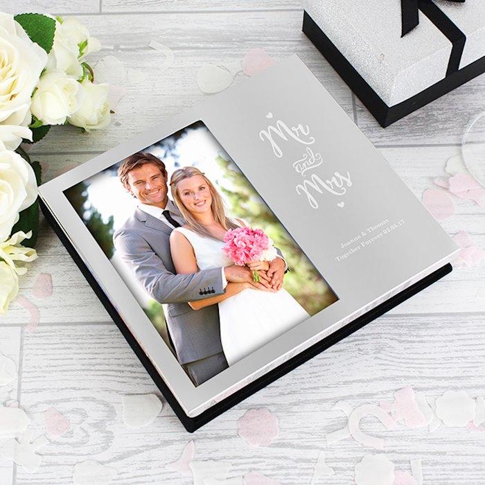 Mr and Mrs 4x6 Photo Frame Album