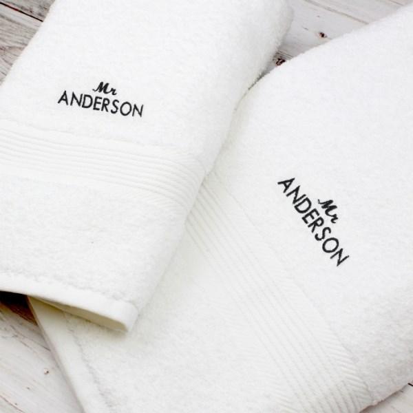 'Mr' White Hand and Bath Towel Set